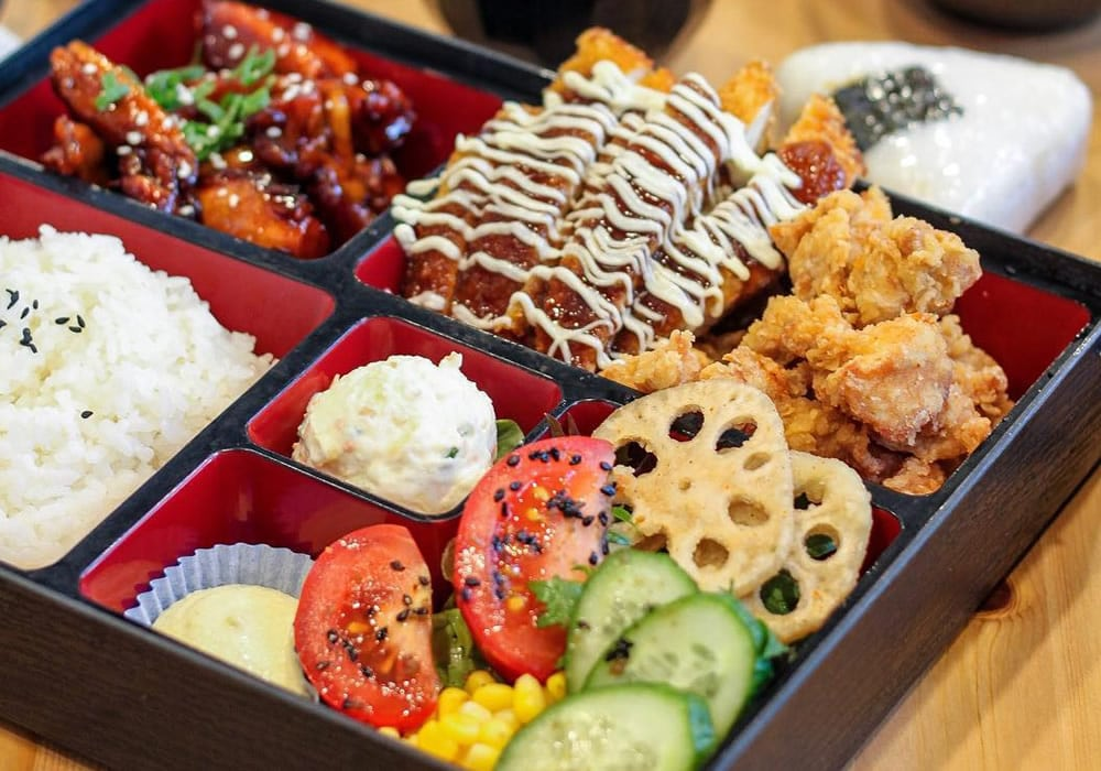 Shōwa Period Traditional Bento Boxes