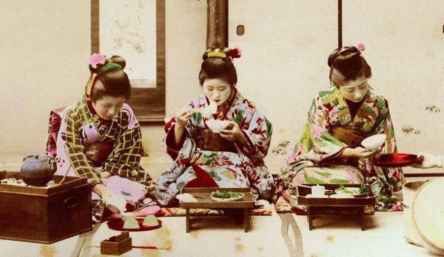 Geisha Eating Rice With Chopsticks