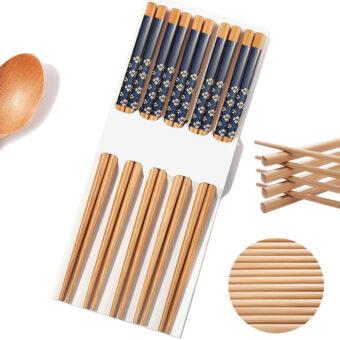 Traditional Bamboo Chopsticks & Japanese Print