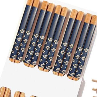 Traditional Bamboo Chopsticks &Amp; Japanese Prints